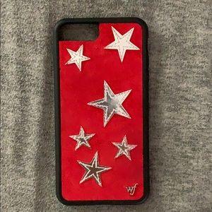 Red star wildflower phone case